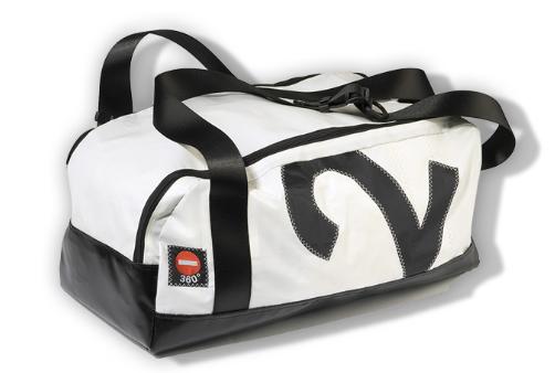 vom weltmeer in die stadt 360 grad taschen aus segeltuch. Black Bedroom Furniture Sets. Home Design Ideas