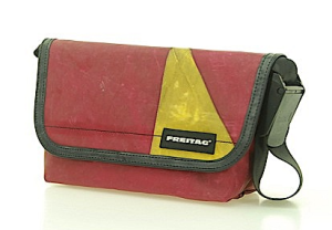 Freitag Hawai Five-0 Model F41 Messengertasche rot