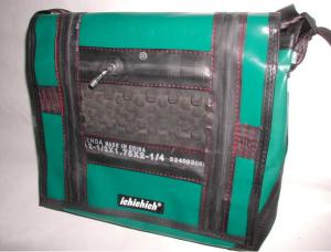 ichichich Taschen aus Berlin - türkis und schwarz