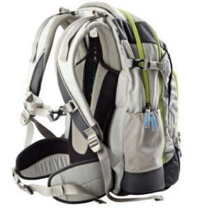 satch by ergobag - Schulrucksack für die weiterführende Schule - hellgrau mit grünen Reissverschlüssen