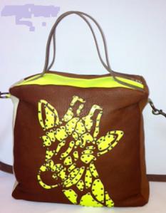 Handtasche von 00sm mit Giraffe