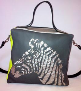 Handtasche von 00sm mit Zebra